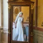 Klargjort brud i brudesuiten på Holckenhavn Slot
