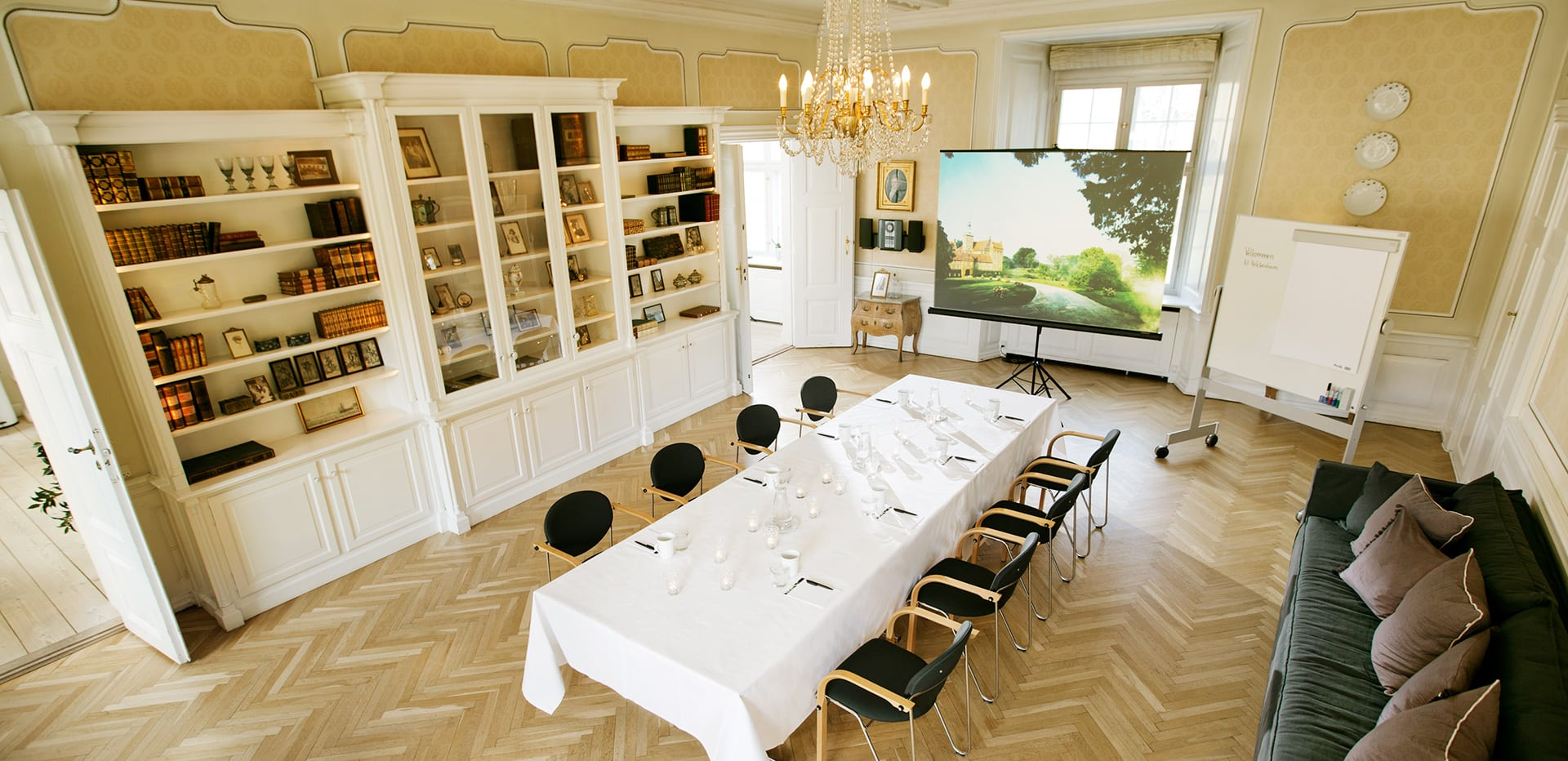 konference paa Holckenhavn Slot