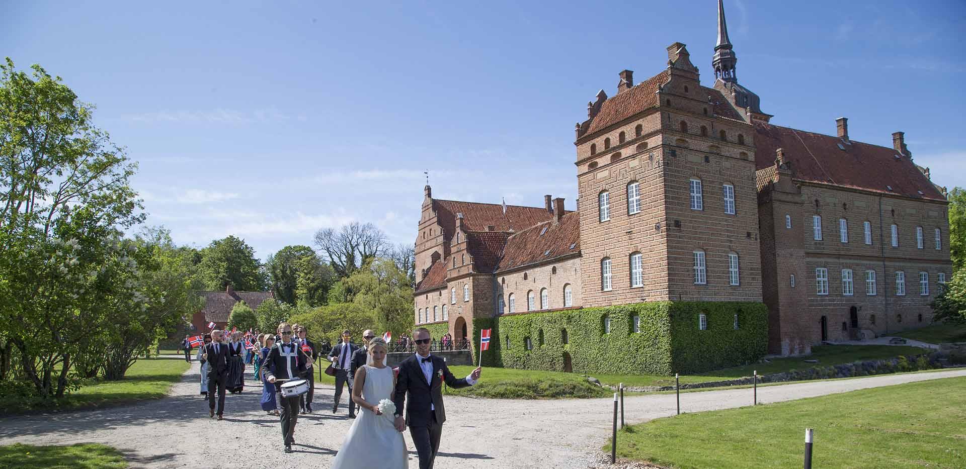 Norsk bryllup i Danmark på Holckenhavn Slot